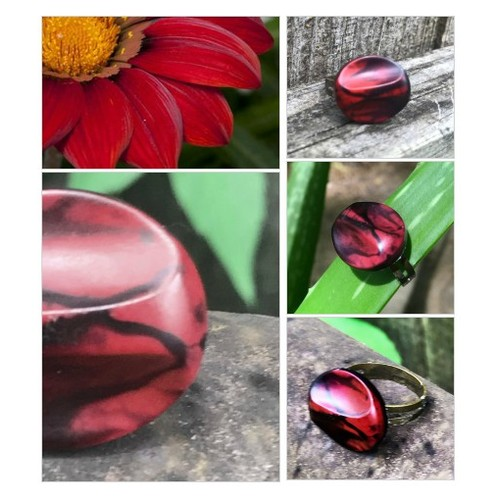 Red and Black Ring Vintage Button Ring  Adjustable Domed Knob Statement Ring  Women's Jewelry Upcycled Button Ring  #etsyspecialt #integritytt #SpecialTGIF #Specialtoo  #TMTinsta      @Wild_RTs @XLRTS  @SympathyRTs #etsy #PromoteEtsy #PictureVideo @SharePicVideo