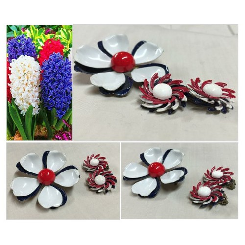 Retro Jewelry - Fourth of July - Vintage Enamel Flowers - Red White and Blue Brooch Earring Set #etsyspecialt #integritytt #SpecialTGIF #Specialtoo  #TMTinsta        @SympathyRTs  @SpxcRTs #etsy #PromoteEtsy #PictureVideo @SharePicVideo