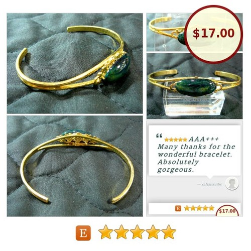 #CuffBracelet #Greenish #Obsidian #Polished #Gemstone #Jewelry #SylCameoJewelsStone #Bracelet #etsyspecialT #integritytt   @OLTRTs  @DestelloRTs @Wild_RTs #etsy #PromoteEtsy #PictureVideo @SharePicVideo