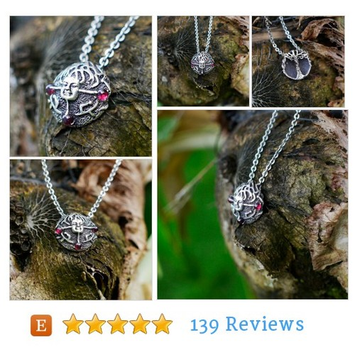 925 Sterling Silver Natural Garnet Pendant #etsy @blacktreelab  #etsy #PromoteEtsy #PictureVideo @SharePicVideo