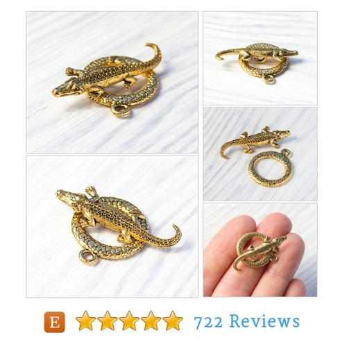Alligator, Crocodile Toggle Clasp, Antique #etsy @treeterracom  #etsy #PromoteEtsy #PictureVideo @SharePicVideo