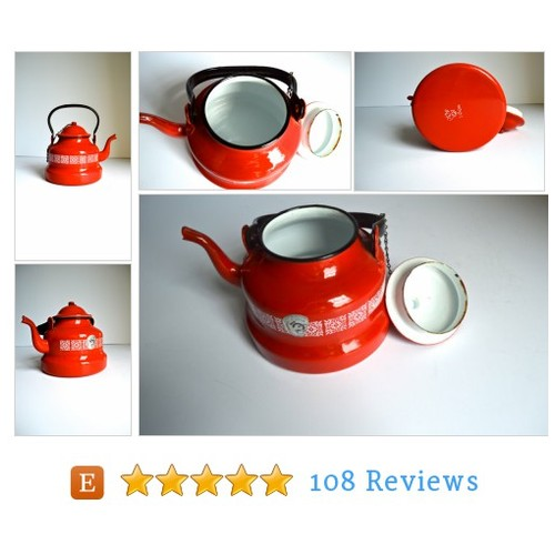 Vintage Bright Red Enamel Teapot Made in #etsy @atomichawks  #etsy #PromoteEtsy #PictureVideo @SharePicVideo