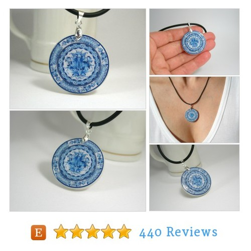 Blue White Gzhel Necklace, Russian Folk Art #etsy @artharmony_shop https://www.SharePicVideo.com/?ref=PostPicVideoToTwitter-artharmony_shop #etsy #PromoteEtsy #PictureVideo @SharePicVideo
