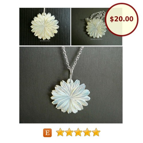 White #MotherOfPearl #Flower #Pendant #Jewelry #Necklace #SylCameoJewelsStore #SpecialT #integrityMaDay @EtsyClub @FlyRTs @HyperRTs  #etsy #PromoteEtsy #PictureVideo @SharePicVideo
