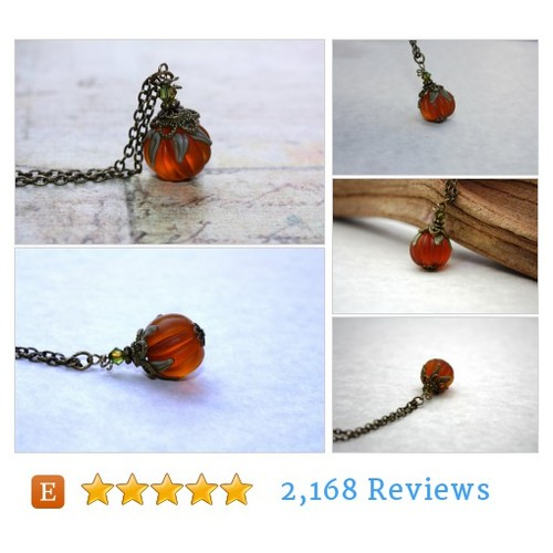 Pumpkin Necklace Halloween Necklace Harvest #etsy @draedesigns  #etsy #PromoteEtsy #PictureVideo @SharePicVideo