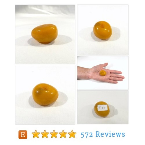 Antique Tibetan Butterscotch Amber Resin #etsy @thejoyofvintage  #etsy #PromoteEtsy #PictureVideo @SharePicVideo