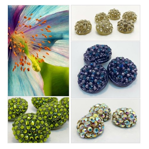 BRING ON THE BLING w/ vintage buttons by supplysideeconomics Etsy shop  #etsyspecialt  #SpecialTGIF   #TMTinsta  @pawelterlecki  @BlazedRTs @FearRTs  @sme_rt #vintagebuttons #vintagerhinestones #rhinestonebuttons #etsy #PromoteEtsy #PictureVideo @SharePicVideo