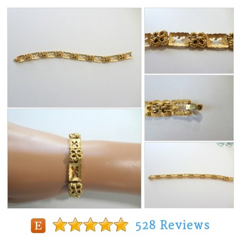Trifari Gold Link Bracelet Crown Trifari #etsy @ednacatherine2  #etsy #PromoteEtsy #PictureVideo @SharePicVideo
