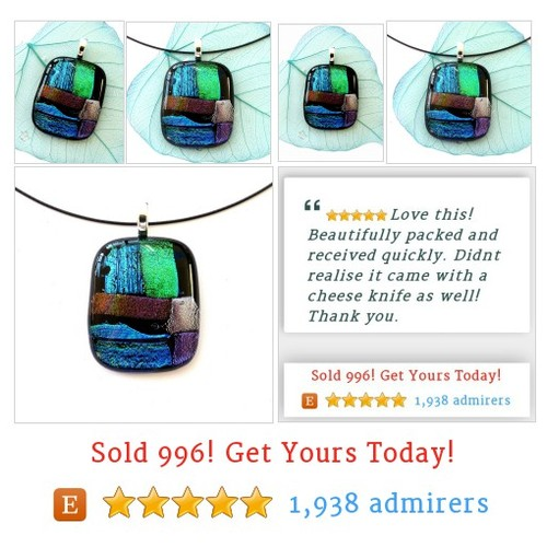 Fused glass pendant gifts for her #etsy @fusioninglass  #etsy #PromoteEtsy #PictureVideo @SharePicVideo