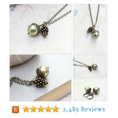 Green Pearl Acorn Necklace with Pinecone #etsy @apocketofposies  #etsy #PromoteEtsy #PictureVideo @SharePicVideo