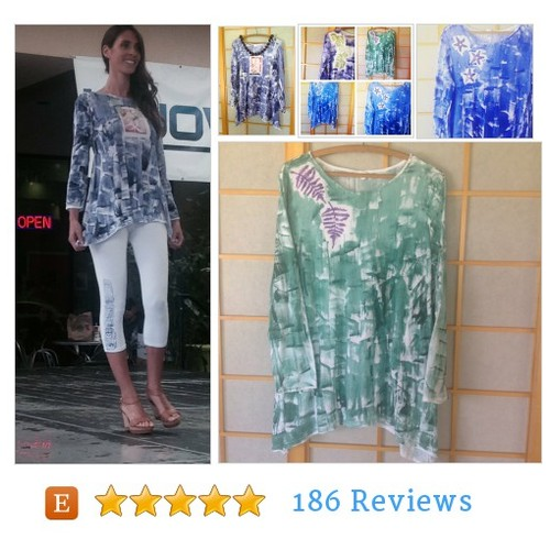 Woman Fashion Hawaiian - Tunic Legging Set #shoppershour #etsyhandmade #integritytt @EarthRT @MDFDRetweets @EtsyRt  #etsy #PromoteEtsy #PictureVideo @SharePicVideo