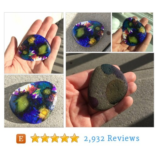 Painted river rock - Painted stone - #etsy #PromoteEtsy #PictureVideo @SharePicVideo