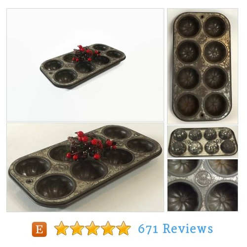 Vintage Ecko Fluted Muffin Pan Worn Metal 8 #etsy @momsanteeks  #etsy #PromoteEtsy #PictureVideo @SharePicVideo