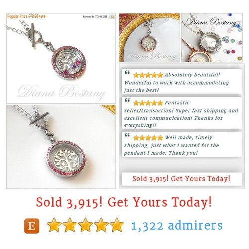 ON SALE Floating Locket Necklace, Gift for Her #etsy @DianaBostany https://SharePicVideo.com?ref=PostVideoToTwitter-DianaBostany #etsy #PromoteEtsy #PictureVideo @SharePicVideo