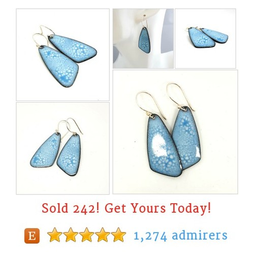Blue Drop Light Blue Dangly Earrings #Dangle #Jewelry #Earring  @maisyplum2 #etsy #etsy #PromoteEtsy #PictureVideo @SharePicVideo
