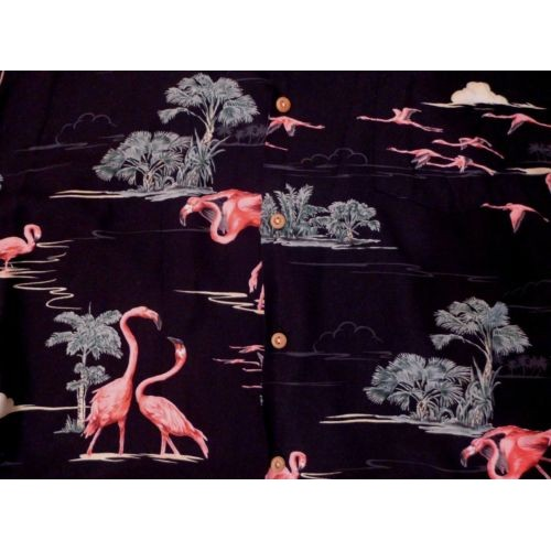 #Hawaiian #MensClothing with pink flamingos from USA Paradise Found! #etsy #PromoteEbay #PictureVideo @SharePicVideo
